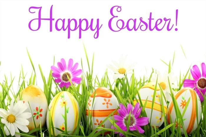 Joyeuses Pâques avec des oeufs de Pâques