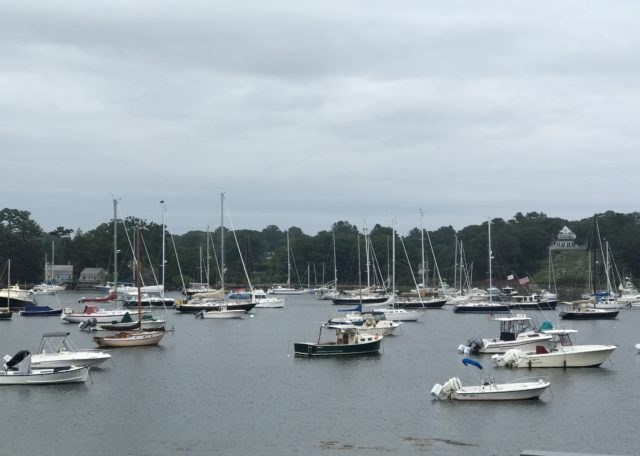 Manchester harbor at Tuck's Point, Manchester-by-the-Sea MA with boats under a grey sky, neversaydiebeauty.com