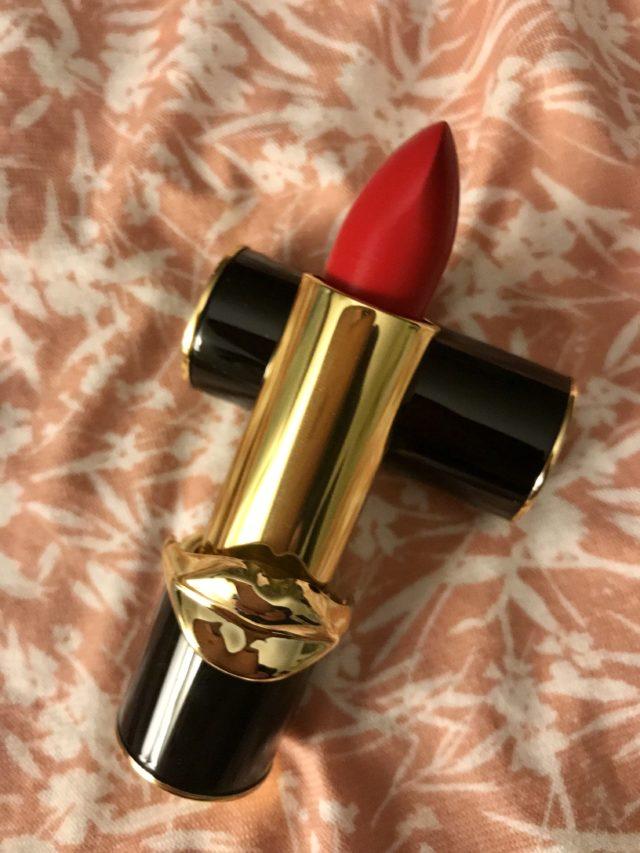 Bullet et tube de rouge à lèvres Pat McGrath LuxeTrance dans la teinte rouge chaud, McGrath Muse